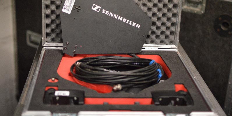 Sennheiser A2003 Antenna Kit with BNC cables, Clamps and joiners